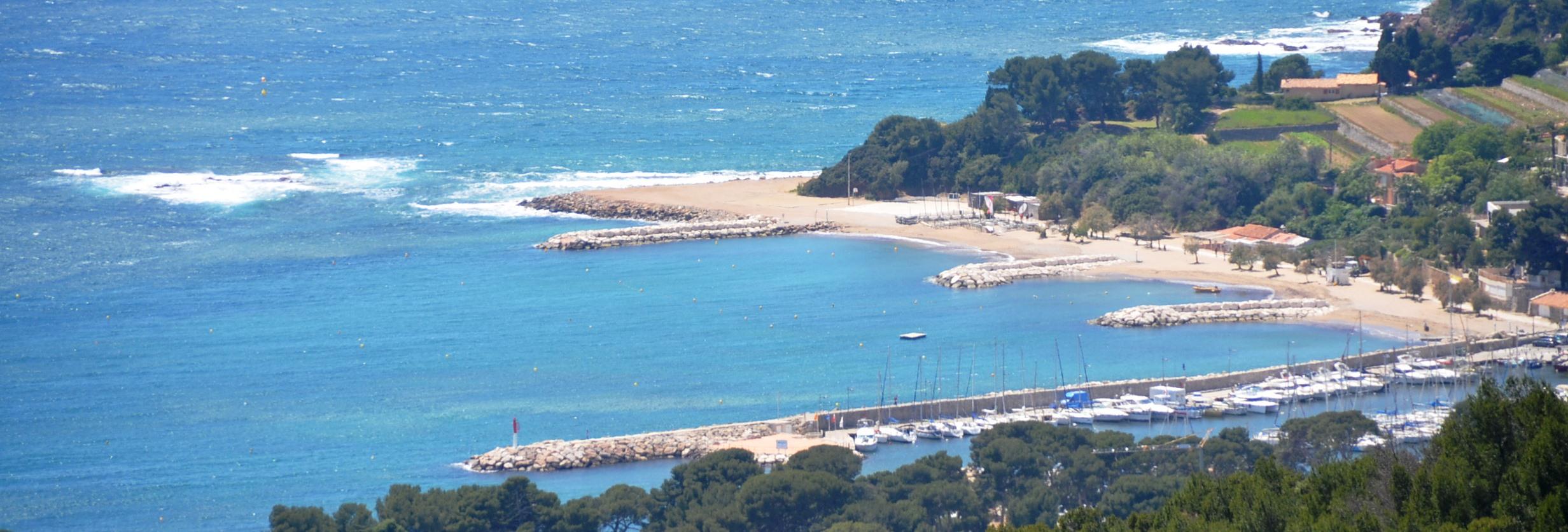 Vente appartement de standing neuf proche plage carqueiranne vente appartement - Coiffeur du port carqueiranne ...