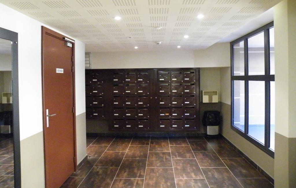 appartement de standing vendre carqueiranne type1 don giovanni. Black Bedroom Furniture Sets. Home Design Ideas